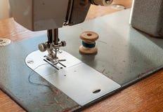 Dettagli di vecchio primo piano della macchina per cucire Fotografia Stock