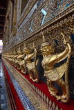 Dettagli di Wat Phra Kaew, tempio di Emerald Buddha, Bangkok Fotografia Stock Libera da Diritti