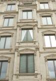 Dettagli e decorazione architettonici del fram d'annata della facciata fotografia stock libera da diritti
