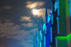 Dettagli la vista della basilica cattolica antica in Germania a nig immagini stock
