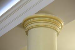 Dettaglio architettonico della colonna classica Immagine Stock Libera da Diritti