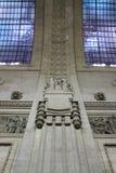 Dettaglio architettonico della stazione ferroviaria di Milano Centrale immagini stock libere da diritti