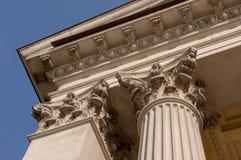 Dettaglio architettonico ionico del capitale di colonna Immagini Stock