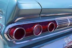 Dettaglio classico della luce della coda dell'automobile immagini stock