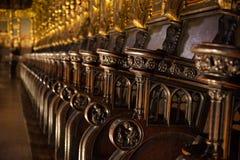 Dettaglio dei banchi di chiesa della chiesa Fotografie Stock Libere da Diritti