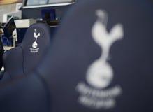 Dettaglio del banco delle sostituzioni di Tottenham Hotspur immagini stock
