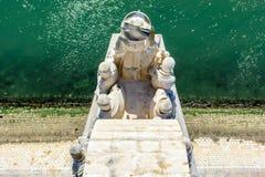 Dettaglio del monumento alle scoperte a Lisbona, Portogallo Fotografia Stock