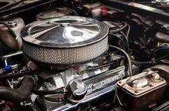 Dettaglio del motore di un Chevrolet Corvette 1980 immagine stock