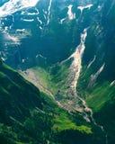 Dettaglio del paesaggio della montagna Bella vista della molla all'alta strada alpina di Grossglockner Fotografia Stock
