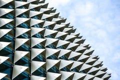 Dettaglio del tetto dei teatri del lungomare a Singapore fotografie stock