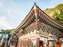 Dettaglio del tetto del tempio di Sanbanggulsa Immagine Stock