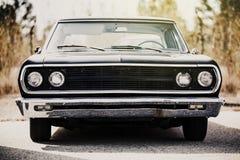 Dettaglio dell'automobile americana classica Alto vicino del faro Fotografia Stock Libera da Diritti