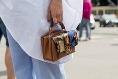 Dettaglio della borsa durante la settimana del modo di Milan Men Fotografie Stock