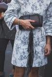 Dettaglio della borsa fuori della costruzione della sfilata di moda dell'iceberg a Milano,  Fotografia Stock Libera da Diritti