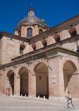 Dettaglio della cattedrale di rinascita di Urbino, Italia Immagini Stock Libere da Diritti
