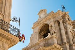 Dettaglio della cattedrale di Siracusa e di Palazzo Vermexio Fotografia Stock Libera da Diritti