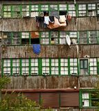 Dettaglio della facciata e di vecchie allerte di legno Fotografie Stock Libere da Diritti