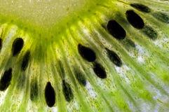 Dettaglio della fetta di kiwi Fotografia Stock