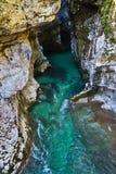Dettaglio della gola di Soca del fiume in alpi slovene Immagini Stock Libere da Diritti