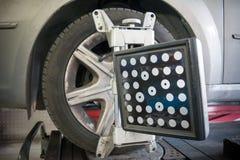 Dettaglio della macchina fotografica della macchina di allineamento di ruota Immagine Stock Libera da Diritti
