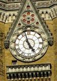 Dettaglio della torre di orologio in Mumbai India Fotografia Stock