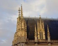 Dettaglio di architettura del palazzo di giustizia a Rouen, Francia immagine stock libera da diritti