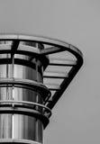 Dettaglio di architettura di una costruzione moderna in bianco e nero Fotografia Stock Libera da Diritti