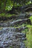 Dettaglio di gocciolamento della cascata fotografia stock