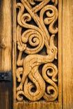 Dettaglio di legno della chiesa norvegese medievale in Heddal immagine stock libera da diritti