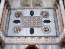 Dettaglio di marmo colorato della basilica di St Mark, Venezia, Italia fotografie stock libere da diritti