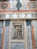 Dettaglio di marmo colorato della basilica di St Mark, Venezia, Italia immagini stock