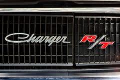 Dettaglio di un caricatore di taglia media R/T di Dodge dell'automobile Primo piano Fotografia Stock