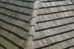 Dettaglio di un tetto di legno di /slats delle assicelle nello stile tradizionale Fotografia Stock Libera da Diritti