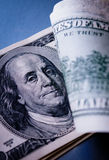 Dettaglio di una banconota in dollari degli Stati Uniti 100 Fotografia Stock Libera da Diritti