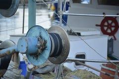 Dettaglio di una pesce-barca greca tipica Fotografia Stock Libera da Diritti