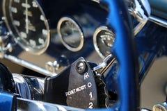 Dettaglio interno dell'automobile francese antica lussuosa Fotografie Stock