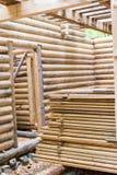 Dettaglio interno di una casa di legno Immagine Stock Libera da Diritti