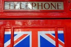 Dettaglio rosso britannico della cabina telefonica immagini stock libere da diritti