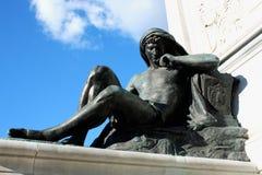 Dettaglio sul monumento a Cavour sul quadrato del suo nome a Roma, Fotografia Stock Libera da Diritti