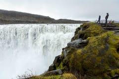 Dettifoss - a cachoeira a mais poderosa de Islândia imagens de stock
