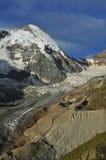 Deuk d'Herens en gletsjer Tiefmatten Stock Afbeelding