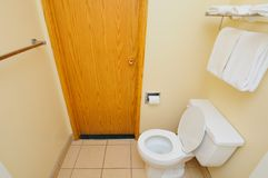 Deur aan toilet Royalty-vrije Stock Fotografie