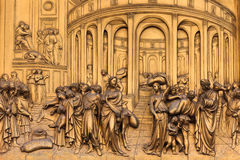 Deur in Duomo Kathedraal, Florence, Italië royalty-vrije stock foto