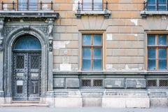 Deur en vensters Royalty-vrije Stock Foto's