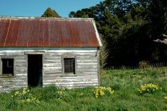 Deuropening en vensters van oud huis. Stock Afbeelding