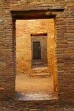Deuropeningen van Pueblo-Boniter, Chaco-Canion, New Mexico royalty-vrije stock afbeelding