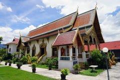Deus do budismo do templo de Tailândia da Buda de Wat Chedi Luang Chiang Mai fotos de stock