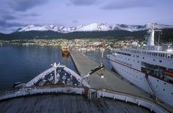 Deutsch för kryssningskepp prinsessa på skeppsdockan, Ushuaia, sydliga Argentina Fotografering för Bildbyråer