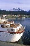 Deutsch för kryssningskepp prinsessa på skeppsdockan, Ushuaia, sydliga Argentina Royaltyfri Foto