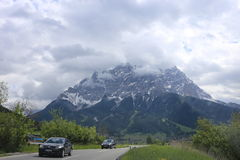 Deutsche Alpen während des Sommers Lizenzfreie Stockfotografie